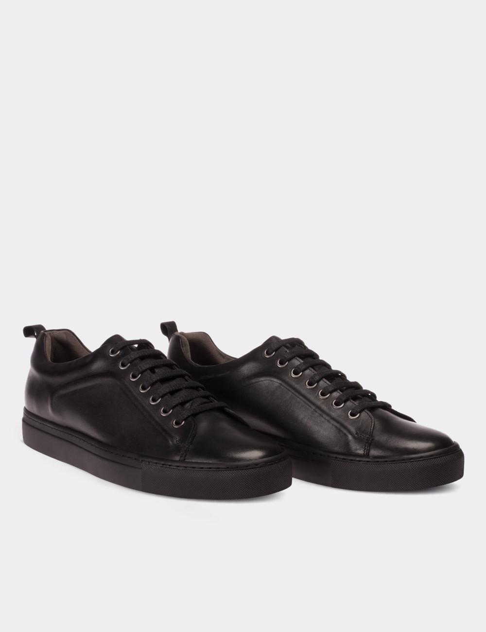 Black Calfskin Leather Sneakers - Deery