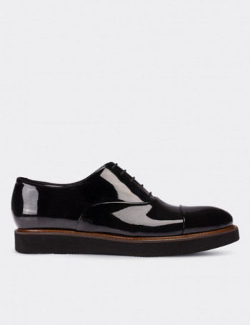 Black Patent Leather Lace-up Shoes