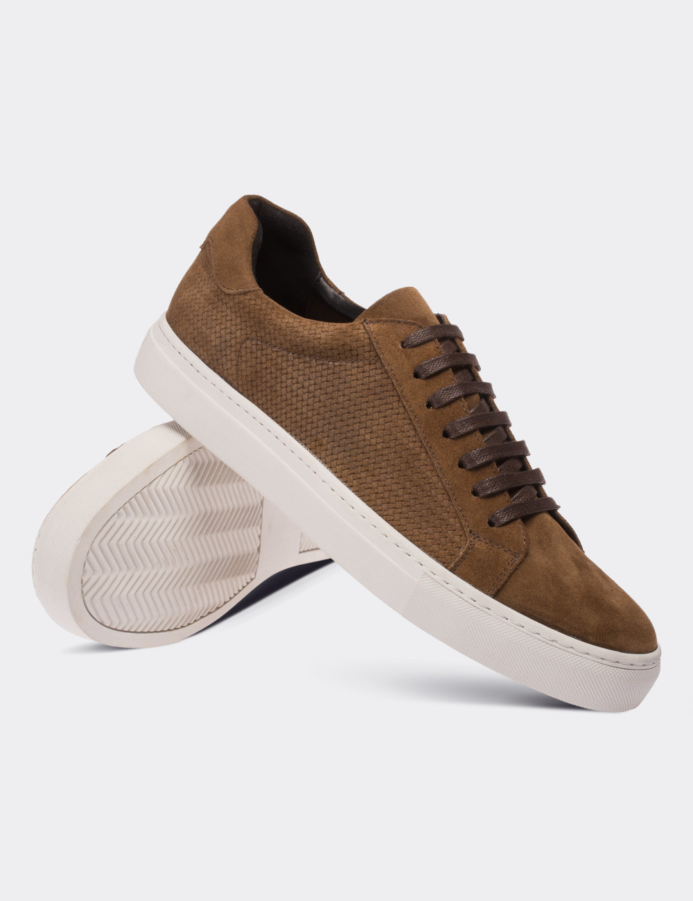 b066eb60d016 Brown Suede Calfskin Sneakers - 01681MKHVC01