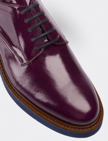 Purple Patent Leather Lace-up Shoes