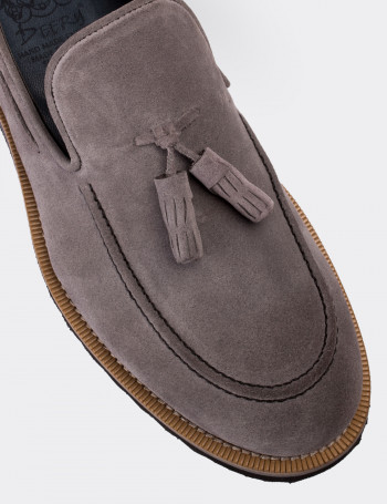 a1877ad5b7210 Gray Suede Calfskin Loafers & Moccasins Shoes - Deery
