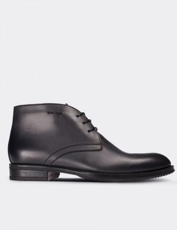 Gray Calfskin Leather Desert Boots