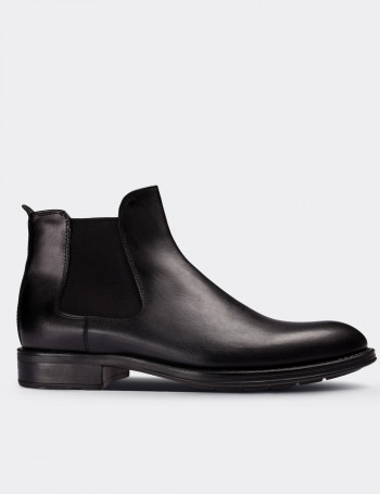 Black Calfskin Leather Chelsea Boots