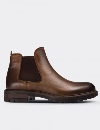Tan Calfskin Leather Vintage Chelsea Boots